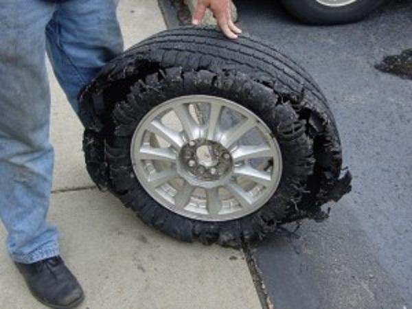 defective tire blowout tread separates